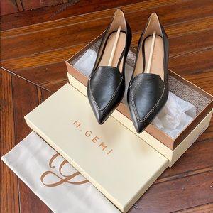 M. Gemi Italian leather pointed toe flat, black 37